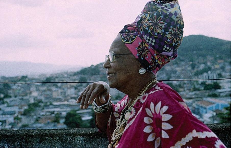 Tia Maria do Jongo é convidada em evento que reúne história e samba na Zona Norte